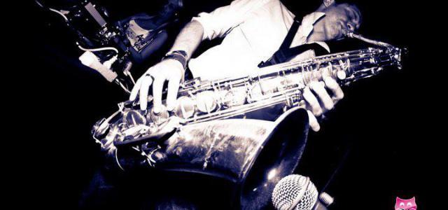 Saxophoniste de talent tant en musicien de jazz que pop, Greg se plaît également à jouer en improvisation sur la musique des dj's … quoi de plus naturel pour ce […]