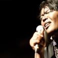 Chanteuse belge d'origine congolaise, née à Genève (Suisse) d'une famille de diplomates africains, Alexia parcourt le monde toute son enfance et est donc fortement influencée par tous styles de musique […]